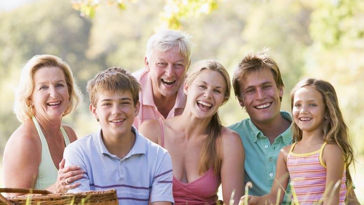 Изображение - Постоянная прописка – где можно зарегистрироваться, порядок оформления документов wsi-imageoptim-family_nature_picnic_vacation_80679_1920x1080
